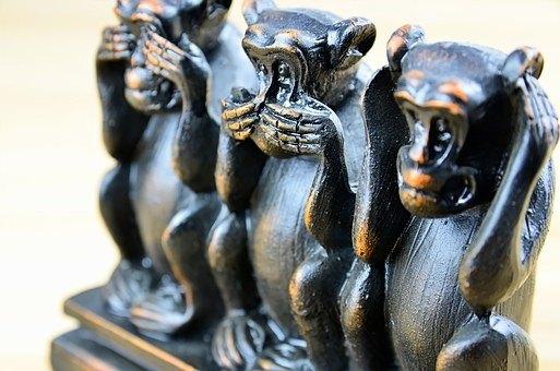 3 monkeys see no evil hear no evil